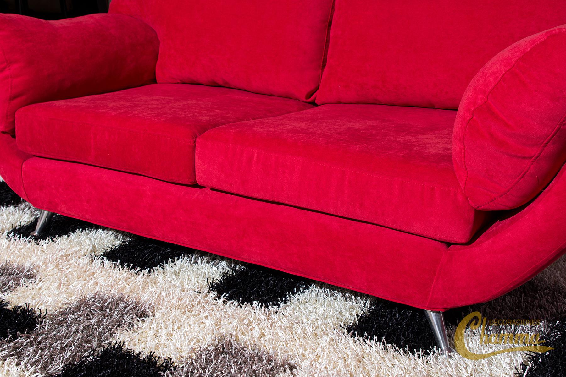 Alfombras las alfombras son apreciadas por sus valores for Alfombras carpetas modernas